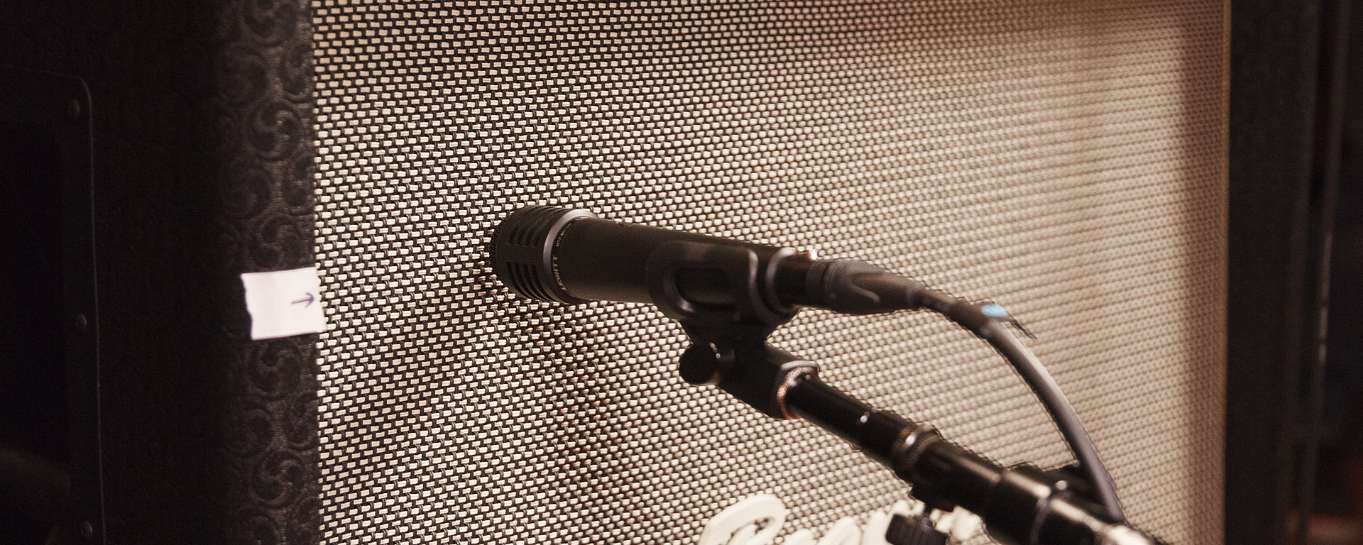 MTP 440 with a guitar amp